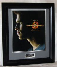"A198LHHG LIAM HEMSWORTH - ""HUNGER GAMES"" SIGNED"
